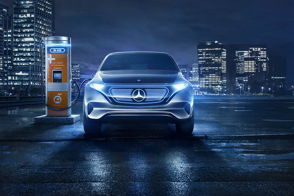 Electric Vehicles: Daimler Commits to Help Fund Charging Stations in Europe