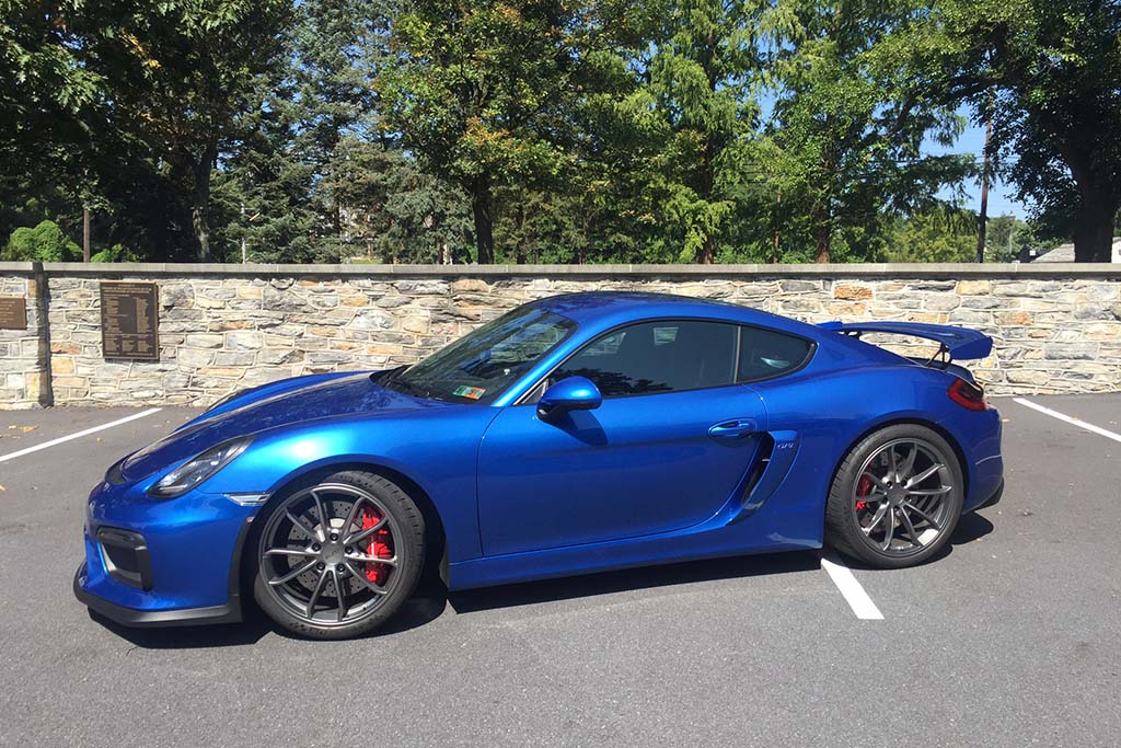 Here's Why the Porsche Cayman GT4 Is One of the Best Cars I've Ever Driven