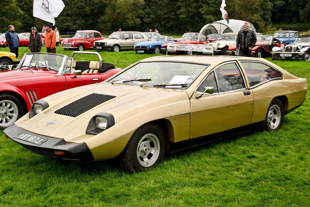 Marcos Mantis M70: The Car That Makes the Aztek Look Pretty