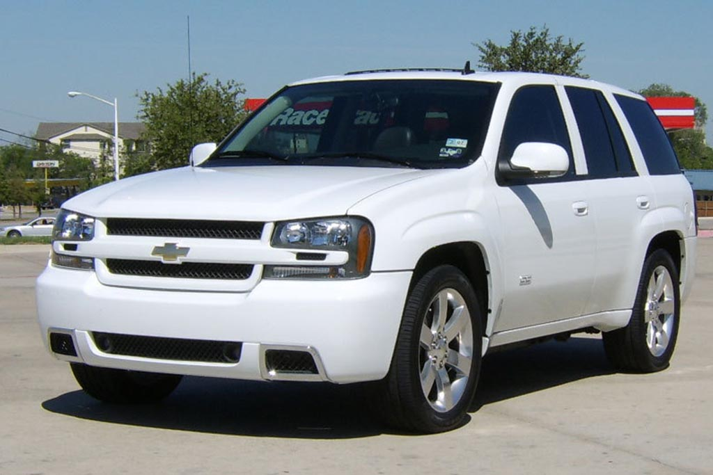 The Chevy Trailblazer SS SUV Was the Best of Chevy's Mid-2000s Super Sport Madness
