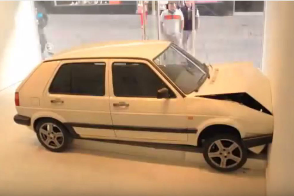 This Art Piece Depicts the Slowest Volkswagen Golf Crash Ever