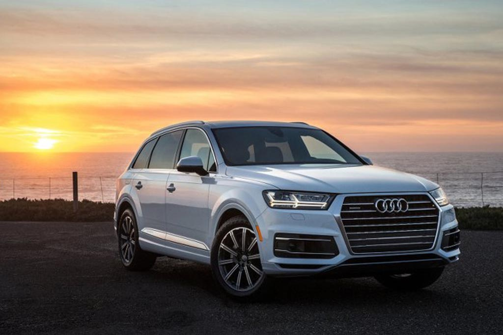 4,500-Pound Audi Q7 Adds 2.0-Liter Turbo 4-Cylinder Engine Option