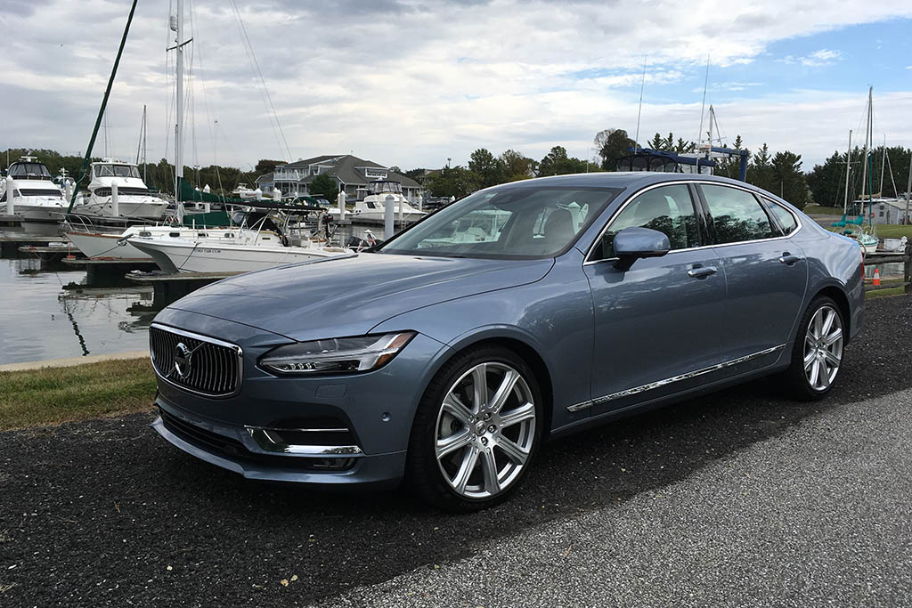 The New Volvo S90 Is a Pretty Good Luxury Car -- for Short People