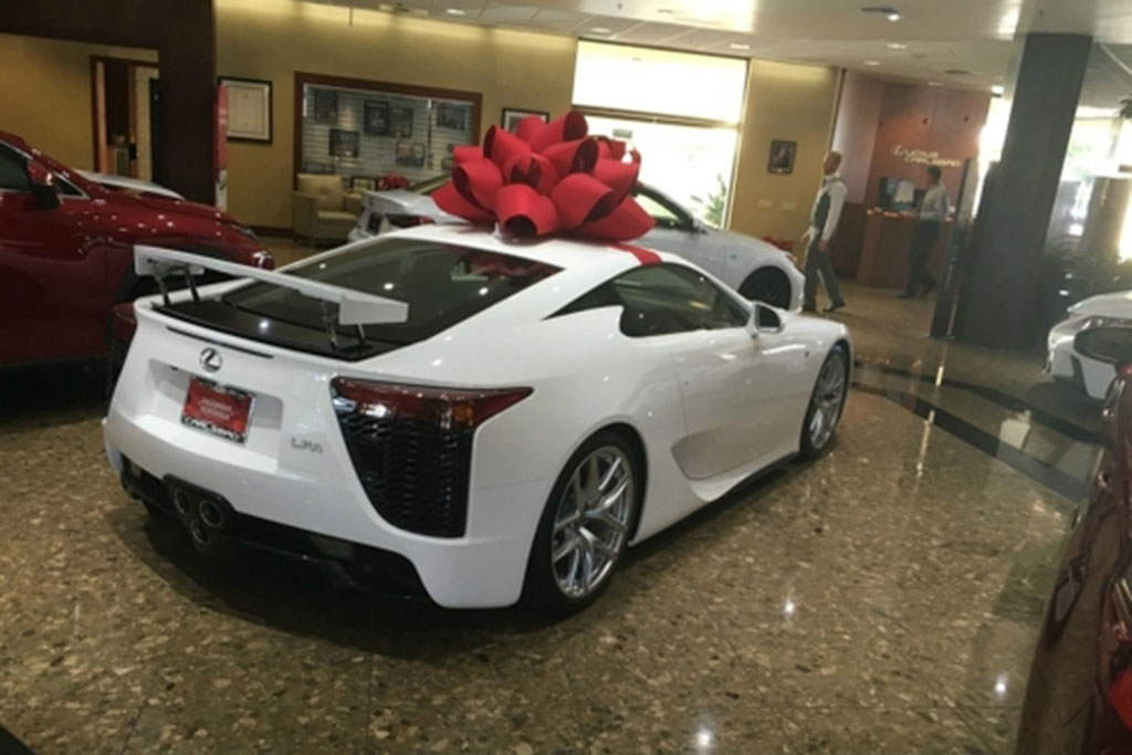 Autotrader Find: New, Never-Titled Lexus LFA for $382,000