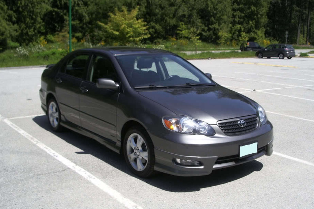 The Toyota Corolla XRS Was a Corolla That Was Actually Fun to Drive