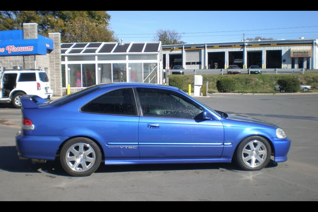 1999 Honda Civic Si: The First (and Best) VTEC Screamer