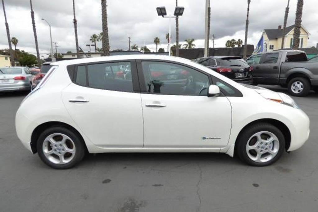 Autotrader Find: 2013 Nissan Leaf With 82,000 Miles