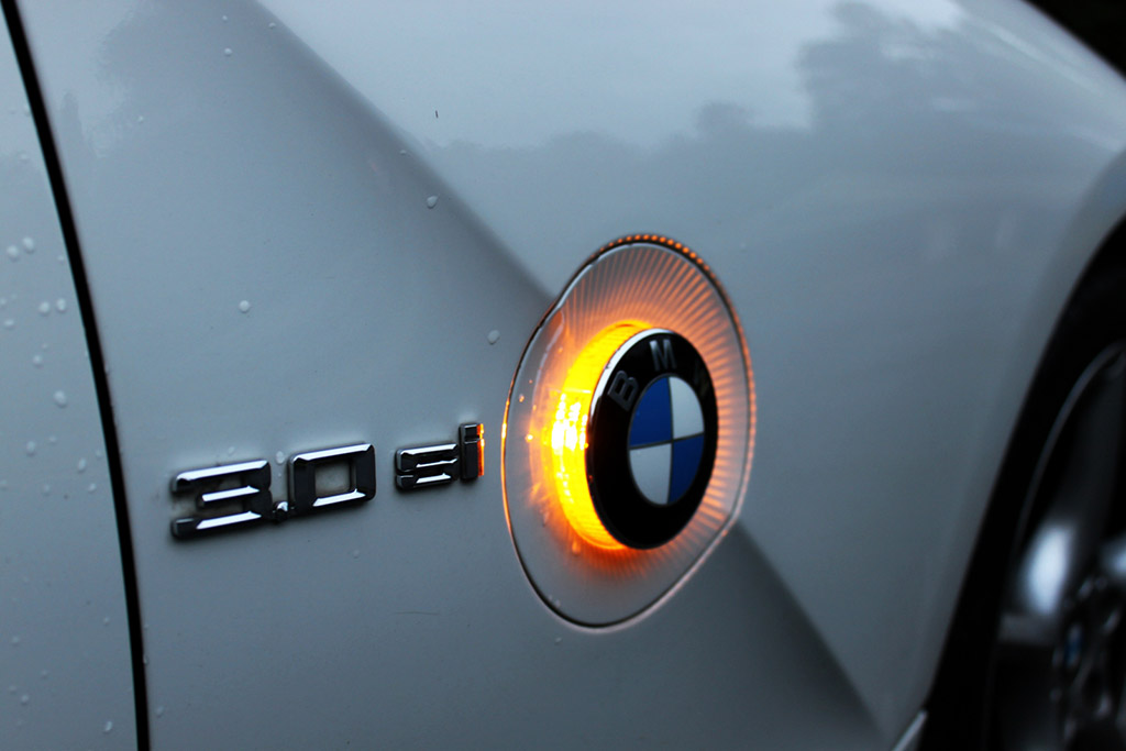 Here's Why I Hate BMW Turn Signals
