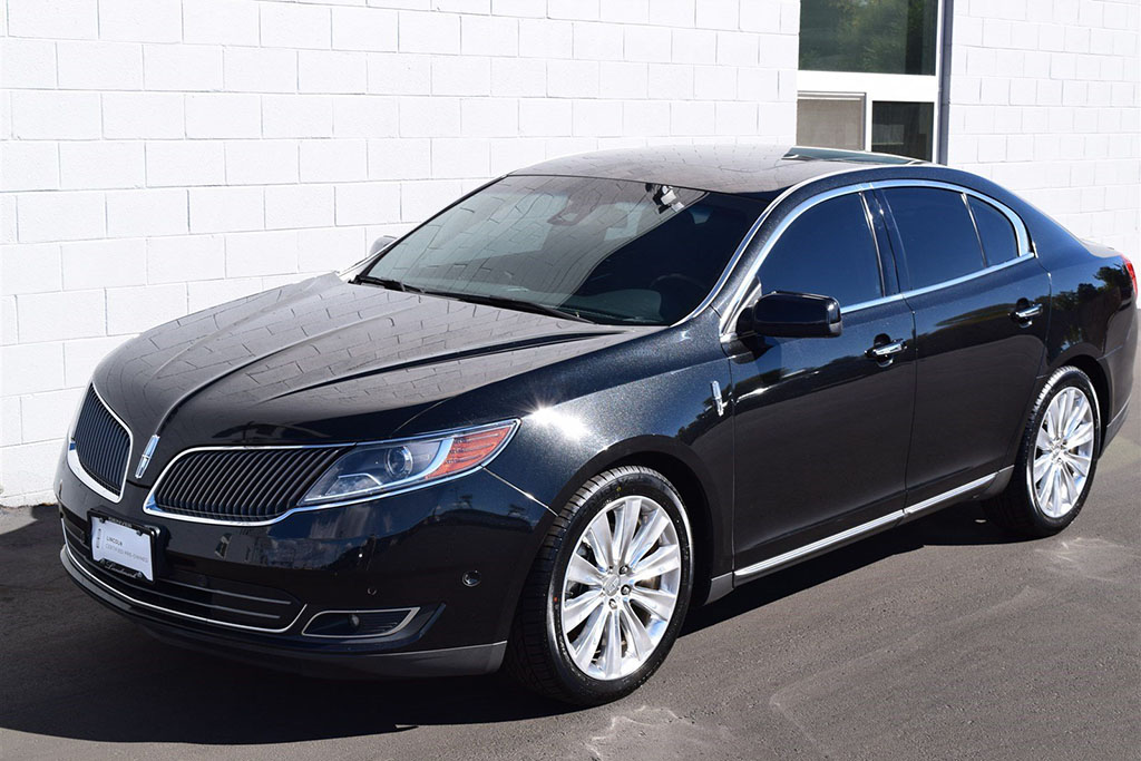A Used Lincoln MKS EcoBoost Is a Great Deal