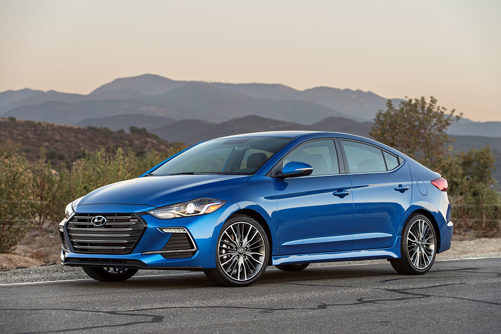 Attention, Sport Compact Fans: The Hyundai Elantra Sport Seems Pretty Promising