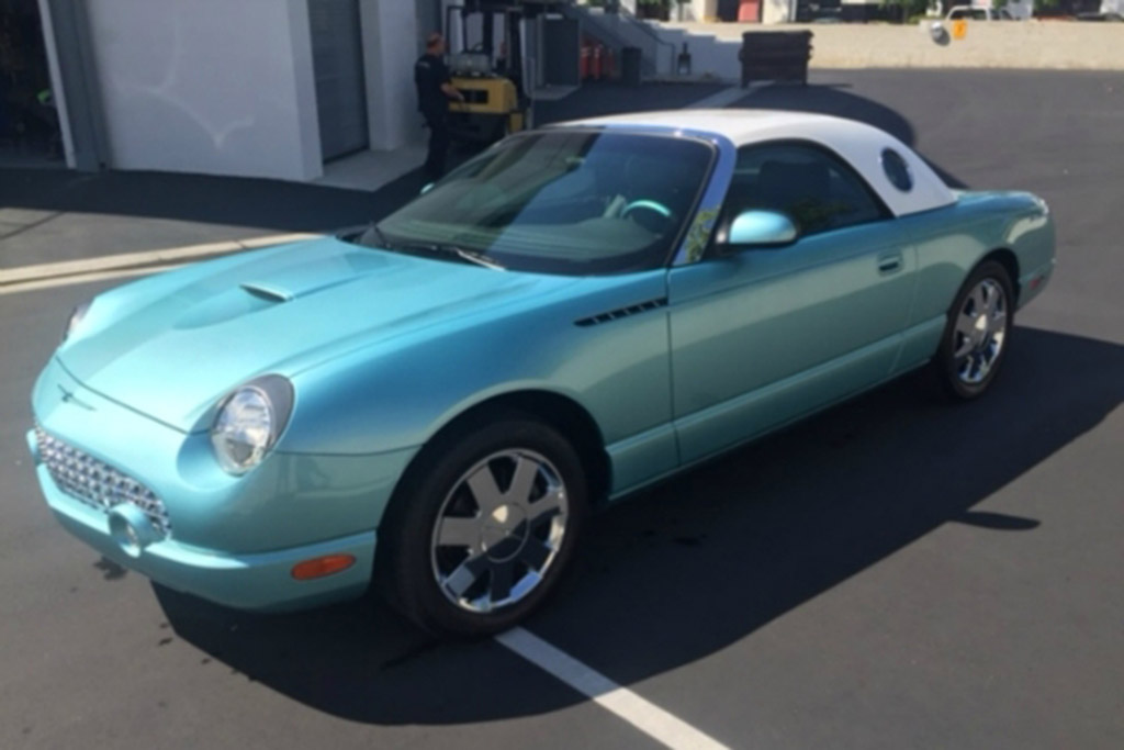 Autotrader Find: John Force's 270-Mile 2002 Ford Thunderbird