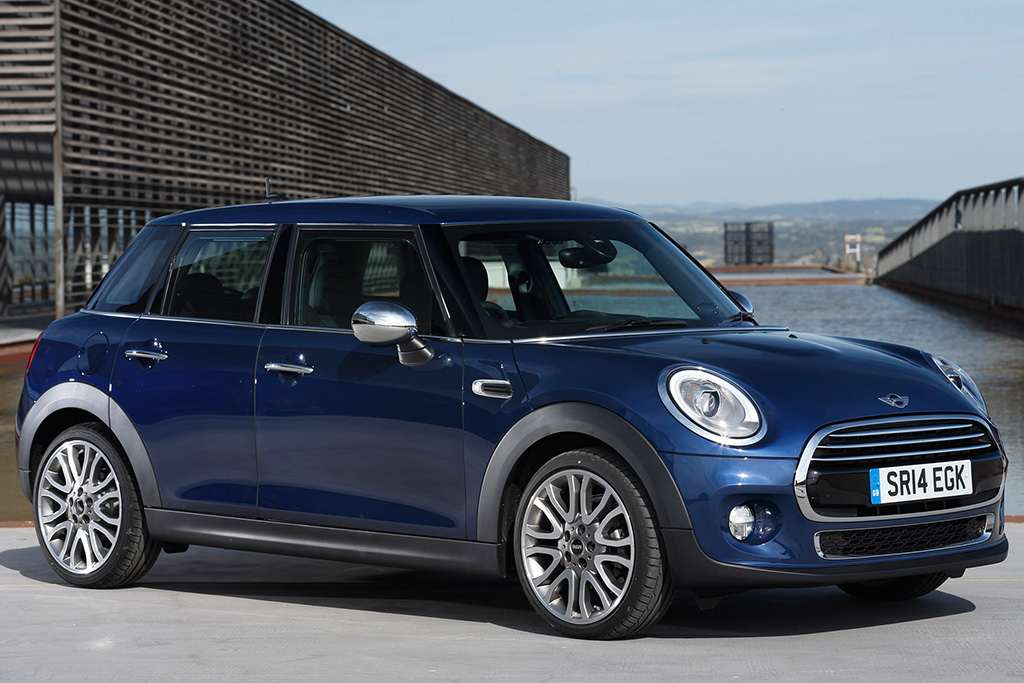 I Like the 4-Door MINI, and Here's Why