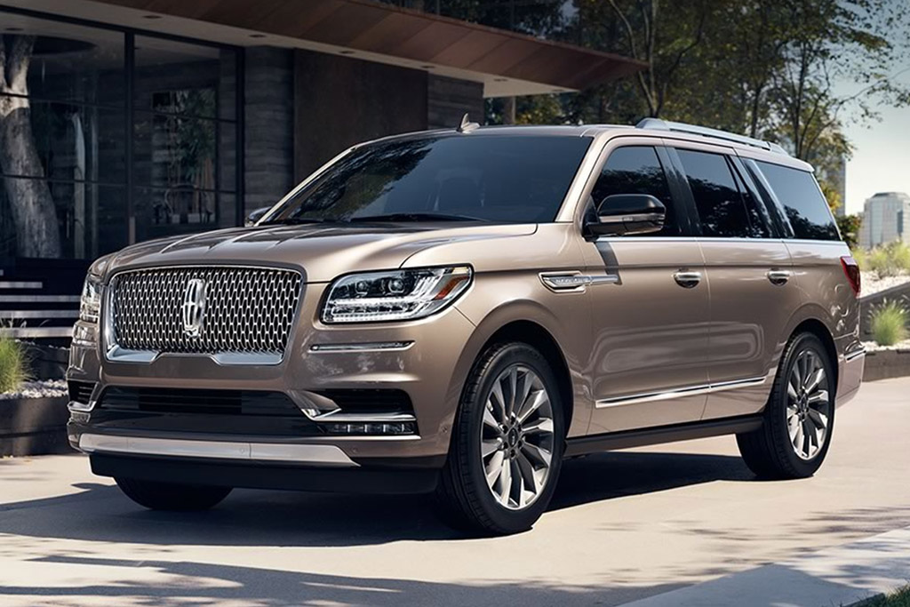 The Lincoln Navigator Has Convinced Me That Lincoln Has a Bright Future