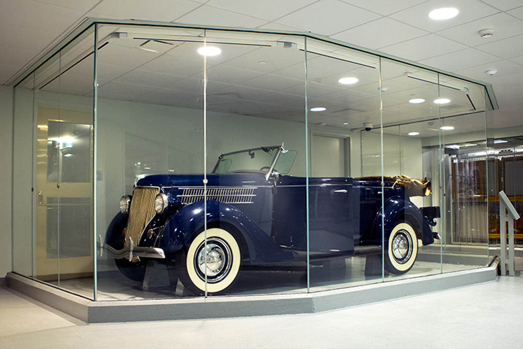 Check Out the Early Accessibility Devices of Franklin Delano Roosevelt's Ford Phaeton