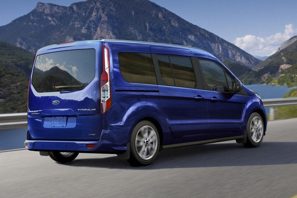 The Ford Transit Connect Is a Quirky Alternative to a Boring Family Car