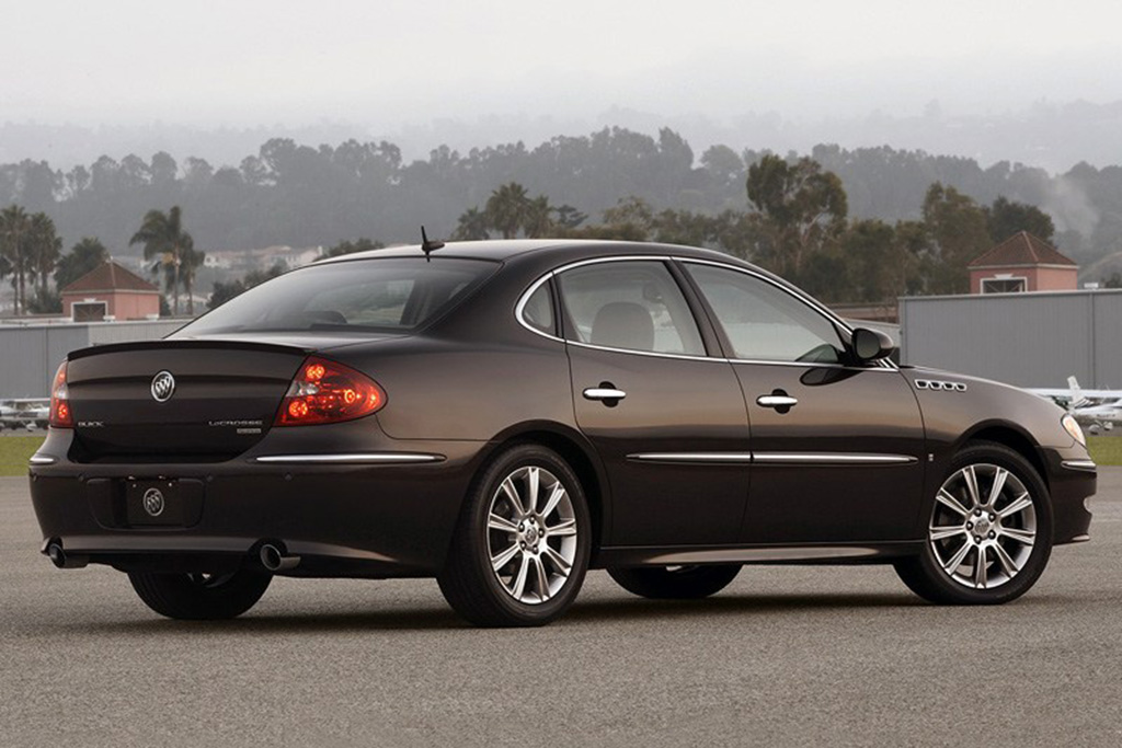 Did You Know You Could Get a Buick LaCrosse With a V8?