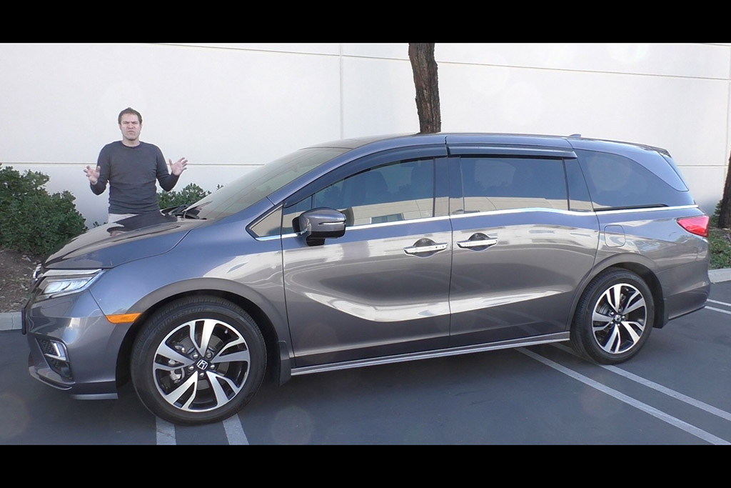 Video | Here's a Tour of a $50,000 Honda Odyssey Minivan