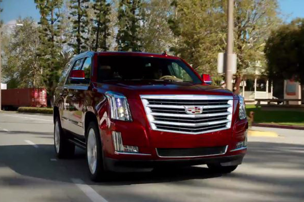 2017 Cadillac Escalade: 5 Reasons to Buy - Video