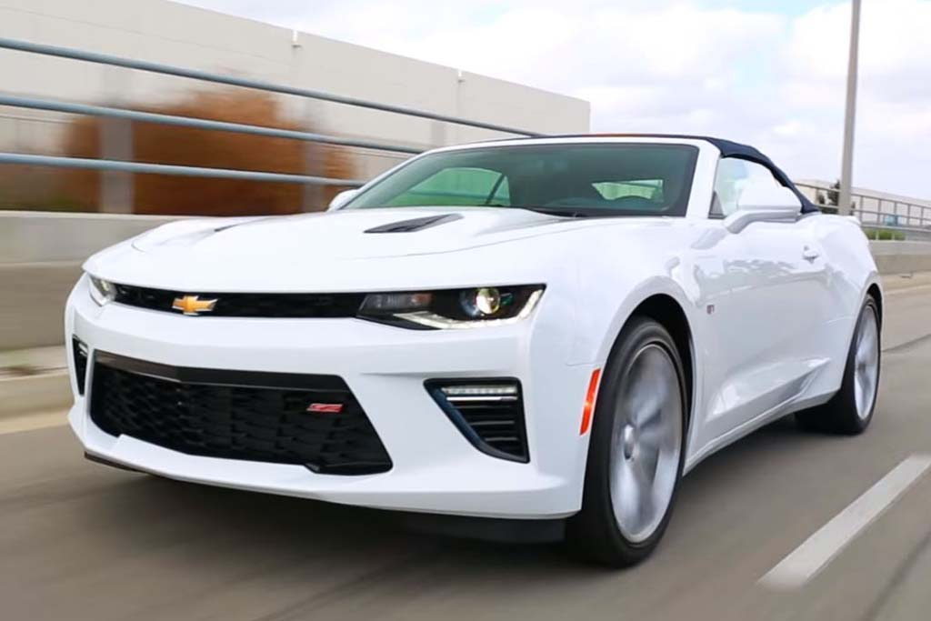 2016 Chevrolet Camaro: 5 Reasons to Buy - Video