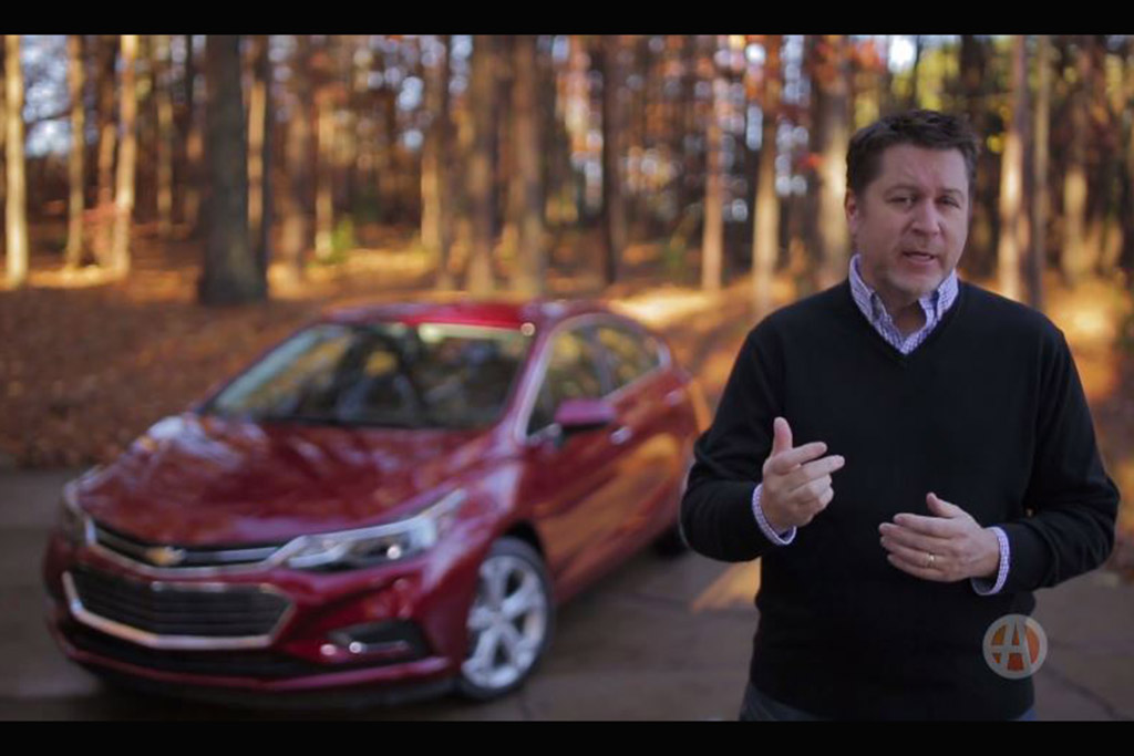 2017 Chevrolet Cruze: Real World Review - Video