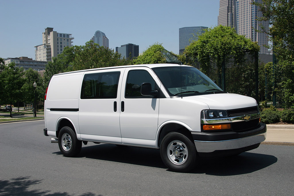 2016 Chevrolet Express Cargo: Overview