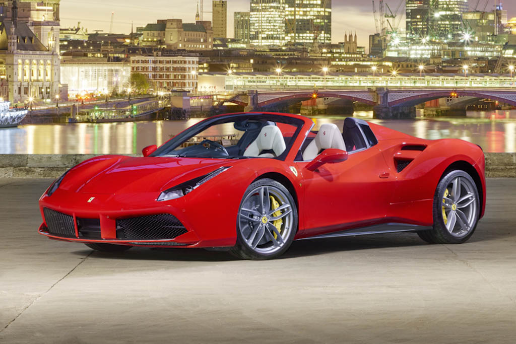 2016 Ferrari 488 Spider: Overview