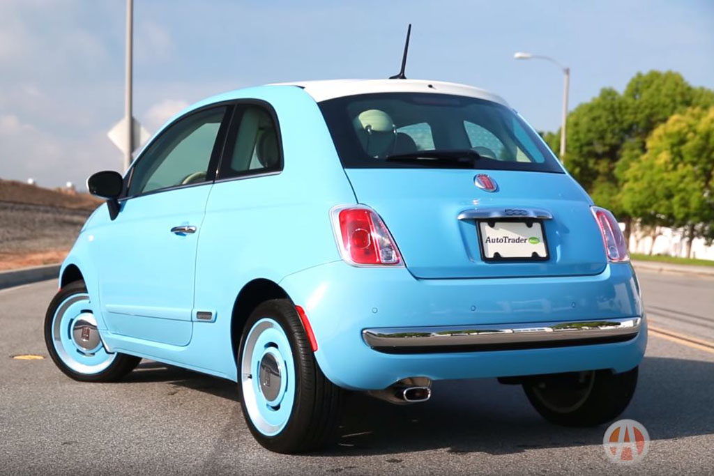 2016 FIAT 500: 5 Reasons to Buy - Video