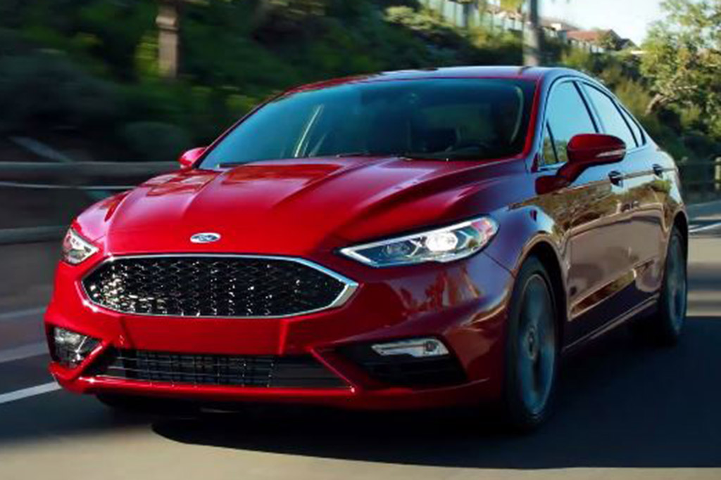 2018 Ford Fusion: 5 Reasons to Buy - Video