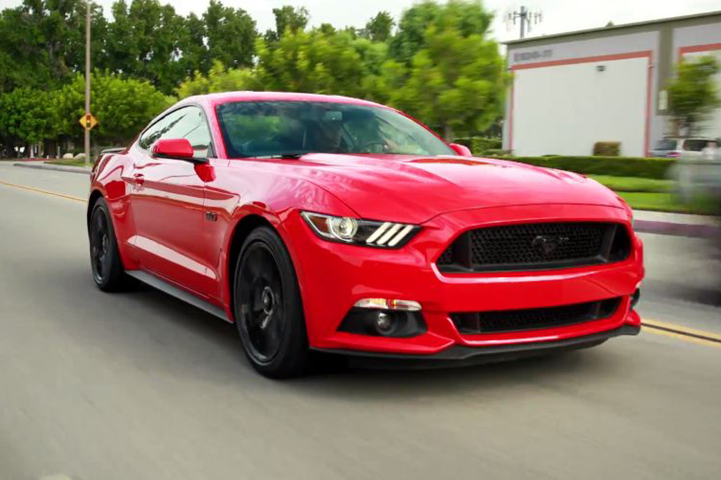 2017 Ford Mustang: 5 Reasons to Buy - Video