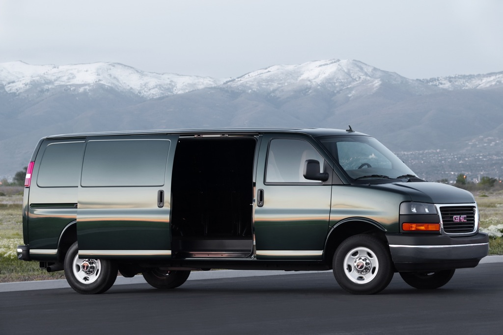 2012 GMC Savana 2500: New Car Review