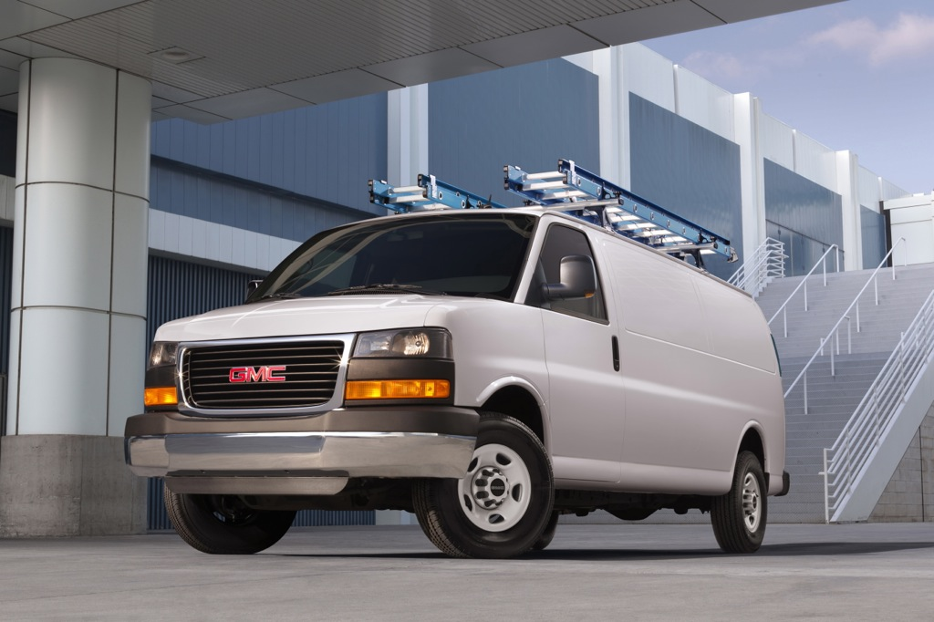 2013 GMC Savana 3500: New Car Review