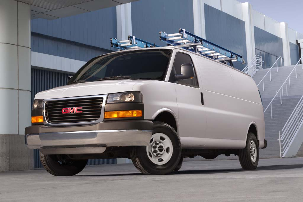 2016 GMC Savana Cargo: Overview