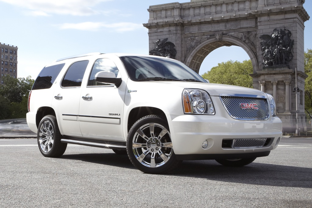 2012 GMC Yukon, Yukon Hybrid and Yukon XL: New Car Review