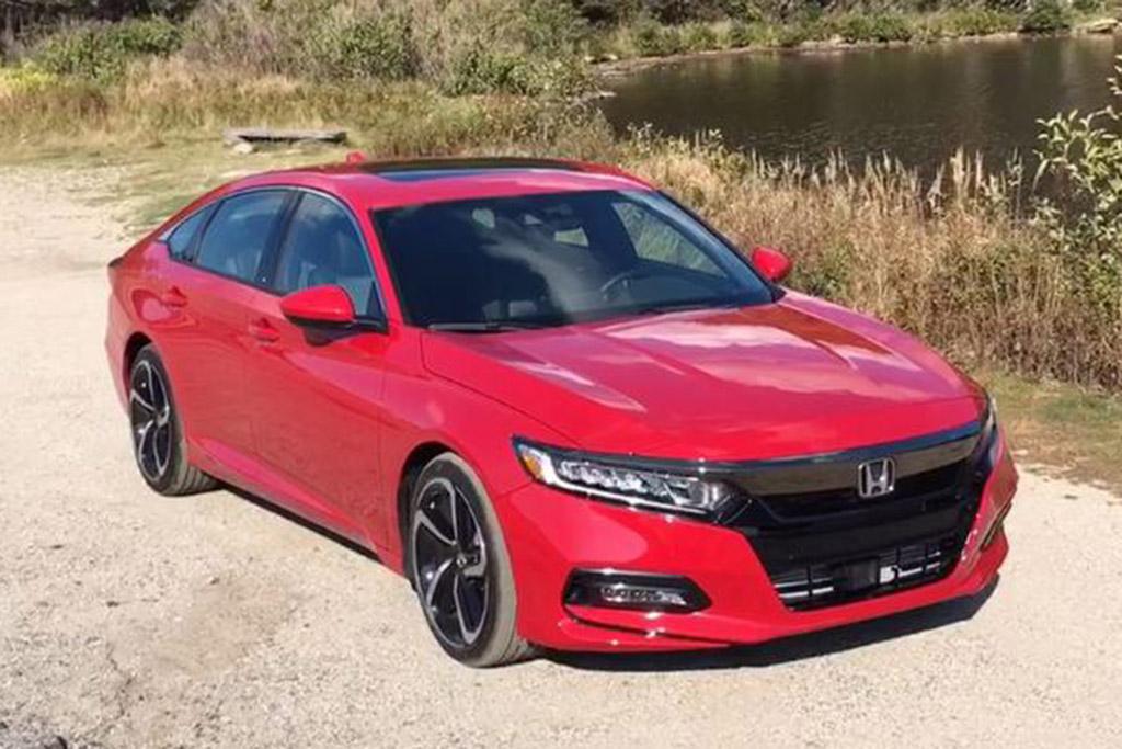 2018 Honda Accord: Little Details - Video