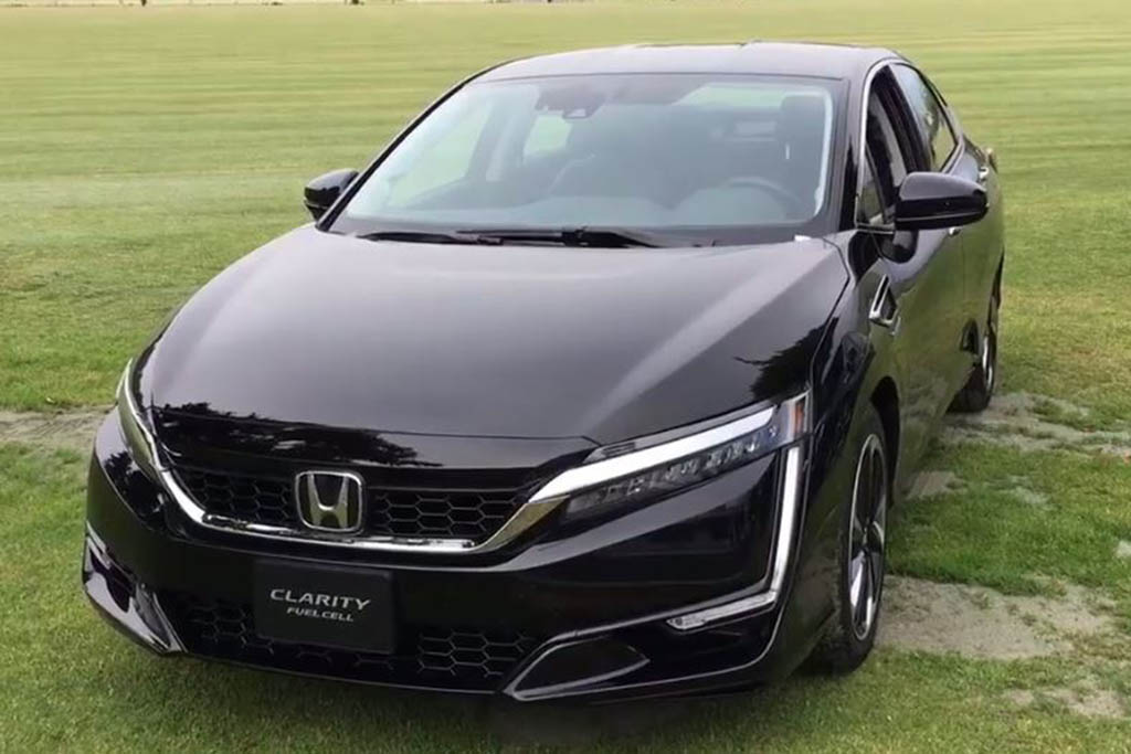 Honda Clarity: First Look - Video