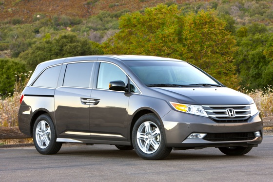 2012 Honda Odyssey Touring: Real-World Test featured image large thumb0