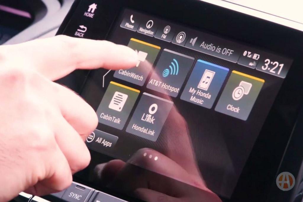 2018 Honda Odyssey: New Car Technology - Video