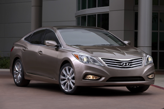 2012 Hyundai Azera: Real World Test featured image large thumb0