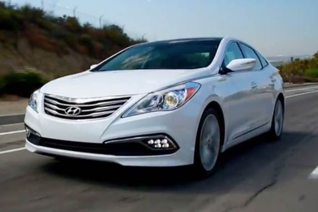 2016 Hyundai Azera: 5 Reasons to Buy - Video