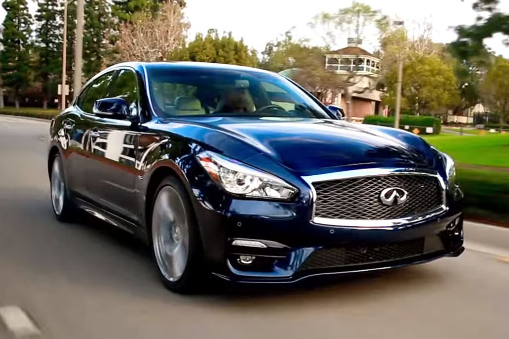 2016 Infiniti Q70: 5 Reasons to Buy - Video