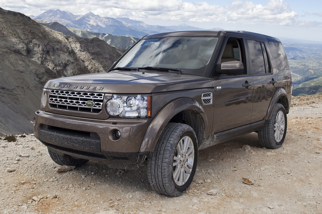 2012 Land Rover LR4: New Car Review