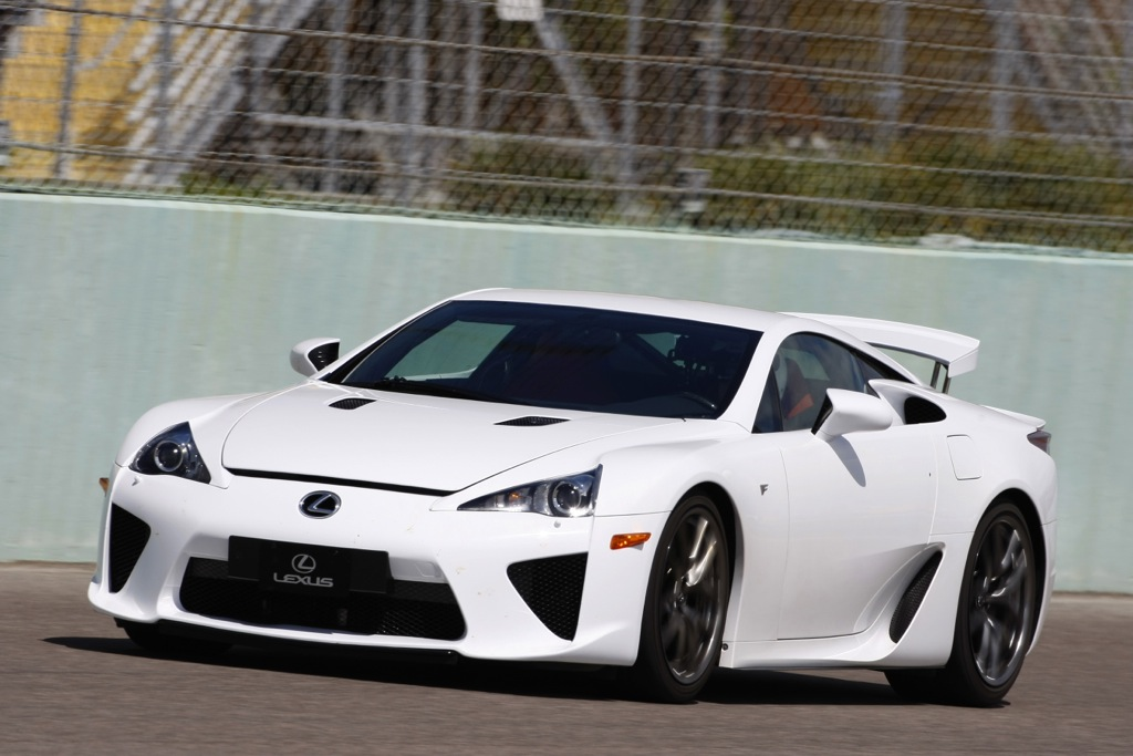 2012 Lexus LFA: New Car Review