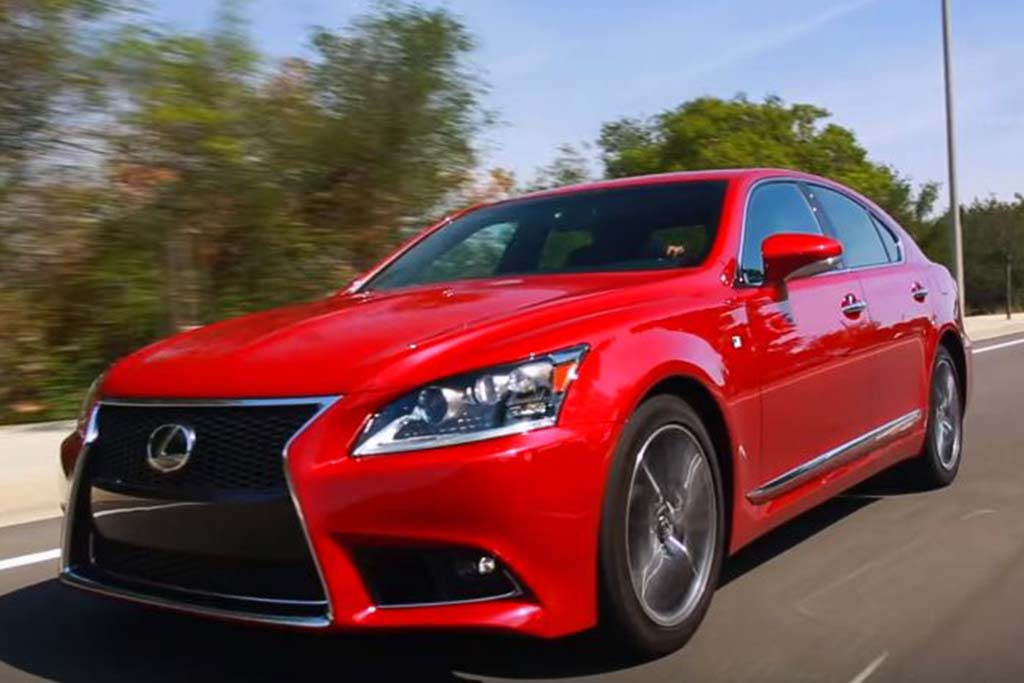 2016 Lexus LS 460: 5 Reasons to Buy - Video