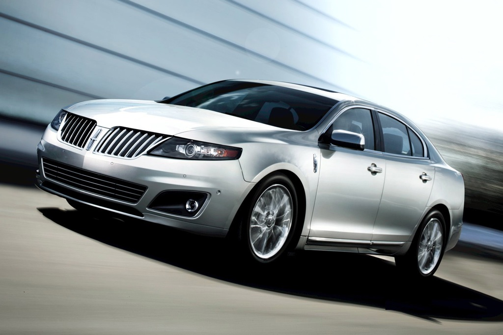 2012 Lincoln MKS: New Car Review