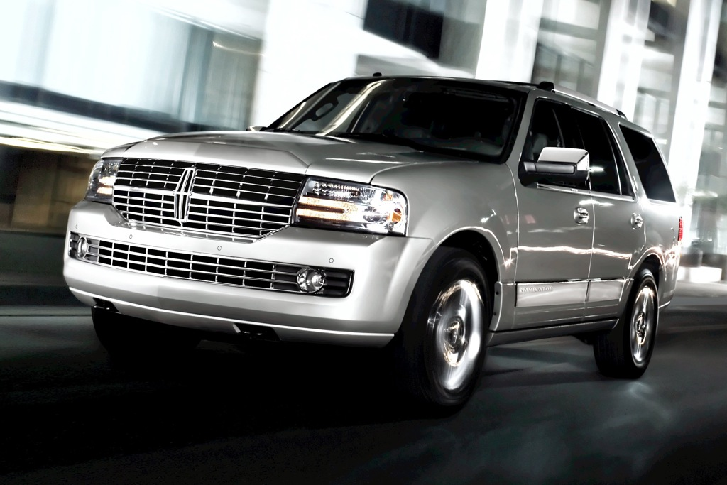 2012 Lincoln Navigator: New Car Review