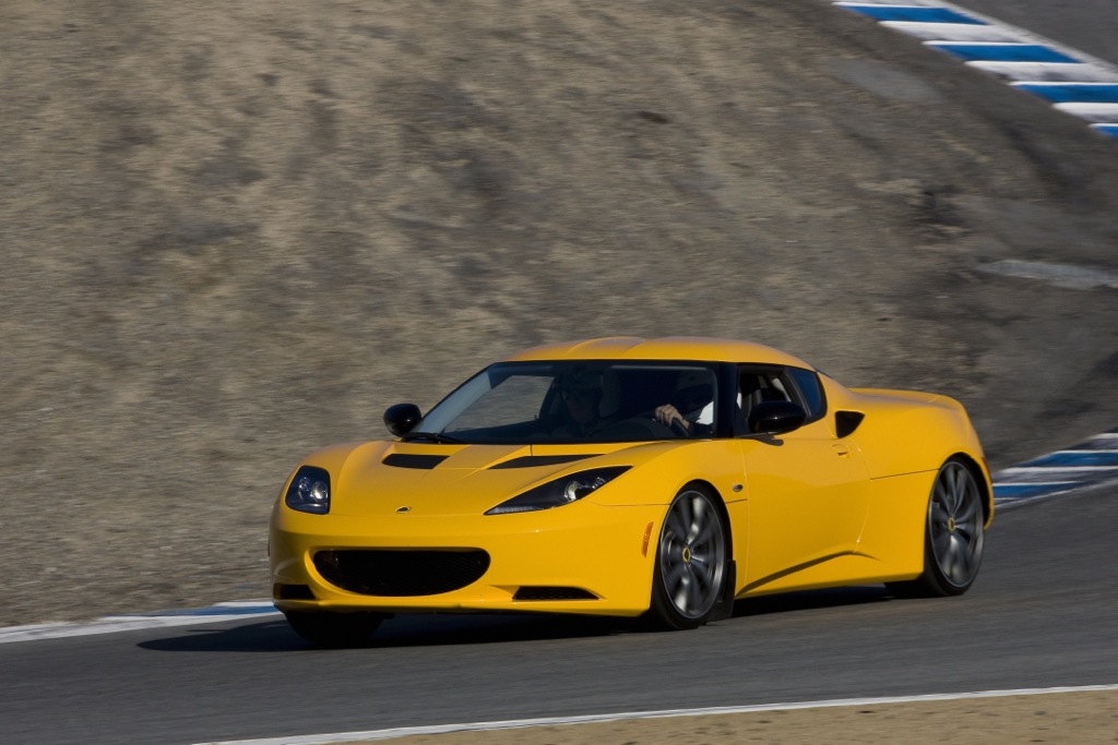 2012 Lotus Evora: New Car Review