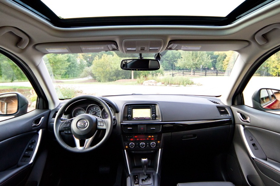 2013 Mazda CX-5: Luxury Car Amenities