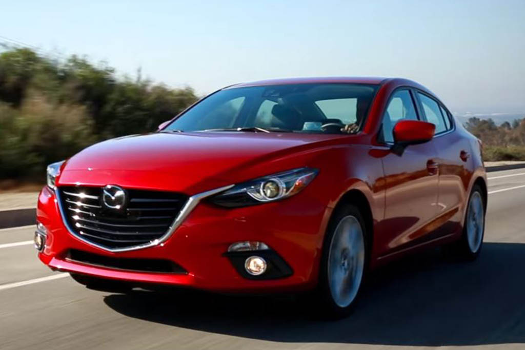 2016 Mazda3: 5 Reasons to Buy - Video