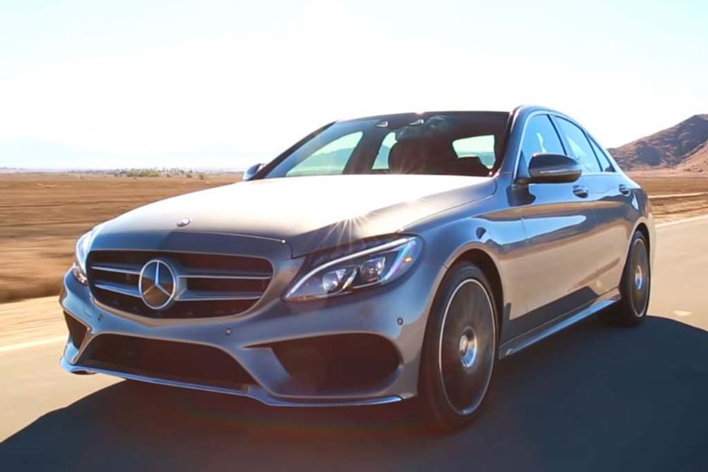 2016 Mercedes-Benz C-Class: 5 Reasons to Buy - Video
