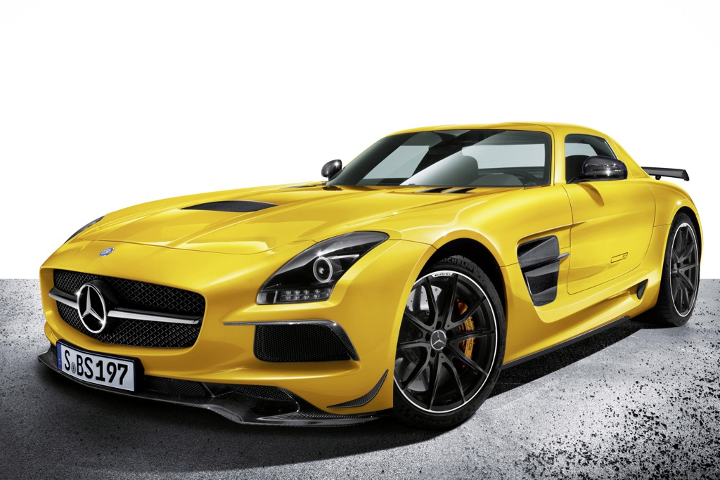 2014 Mercedes-Benz SLS AMG: Overview